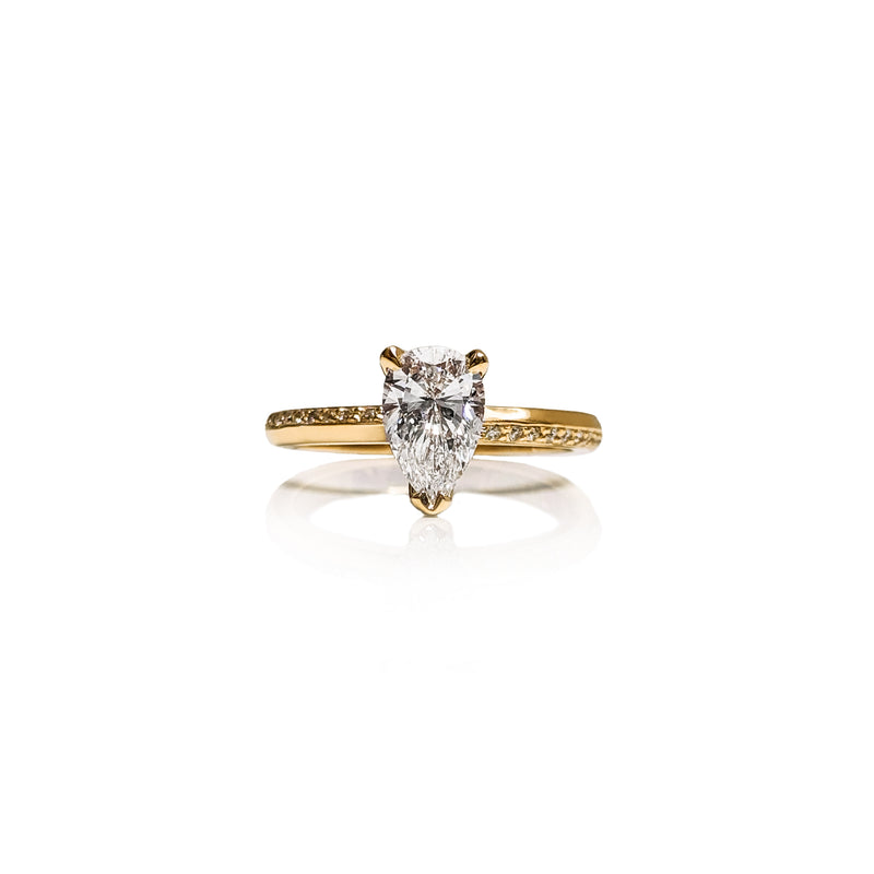 Pear Vino Engagement Ring