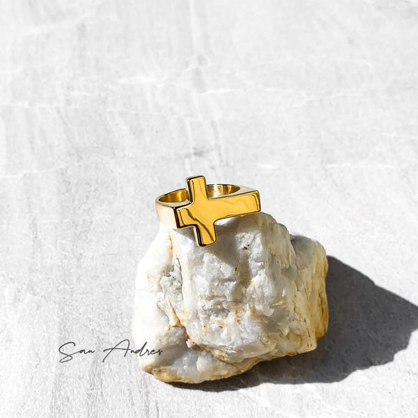 Gold Cross Ring - San Andrés