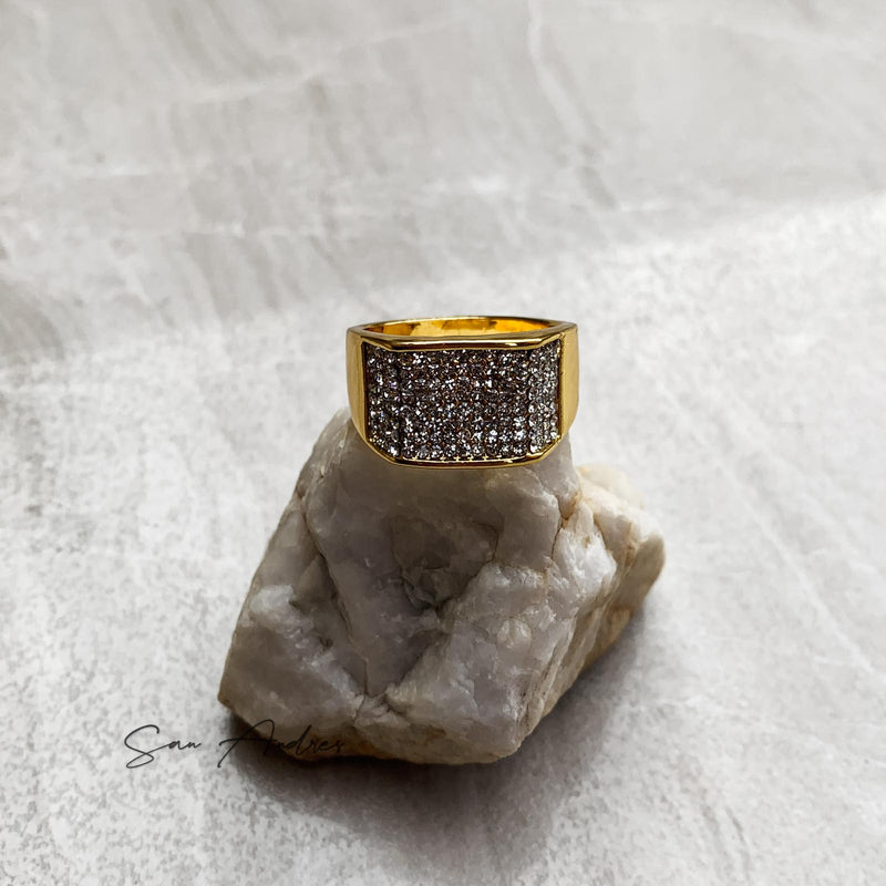 Gold Signet Ring with Diamonds - San Andrés