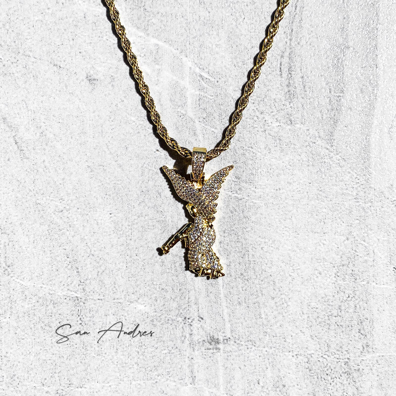 iced out gold angel pendant - San Andrés