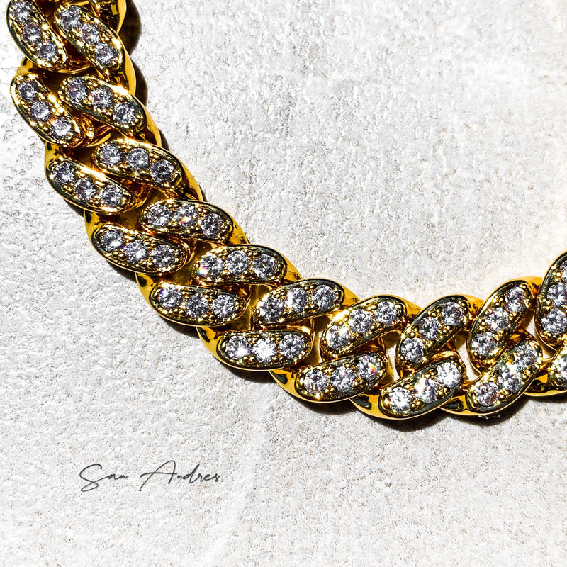 Gold Iced Out Curb Chain - San Andrés