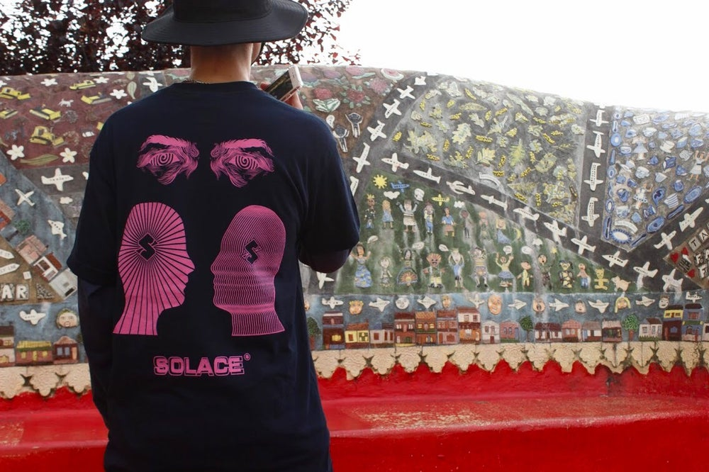Load image into Gallery viewer, Wigout tee - Deep Navy