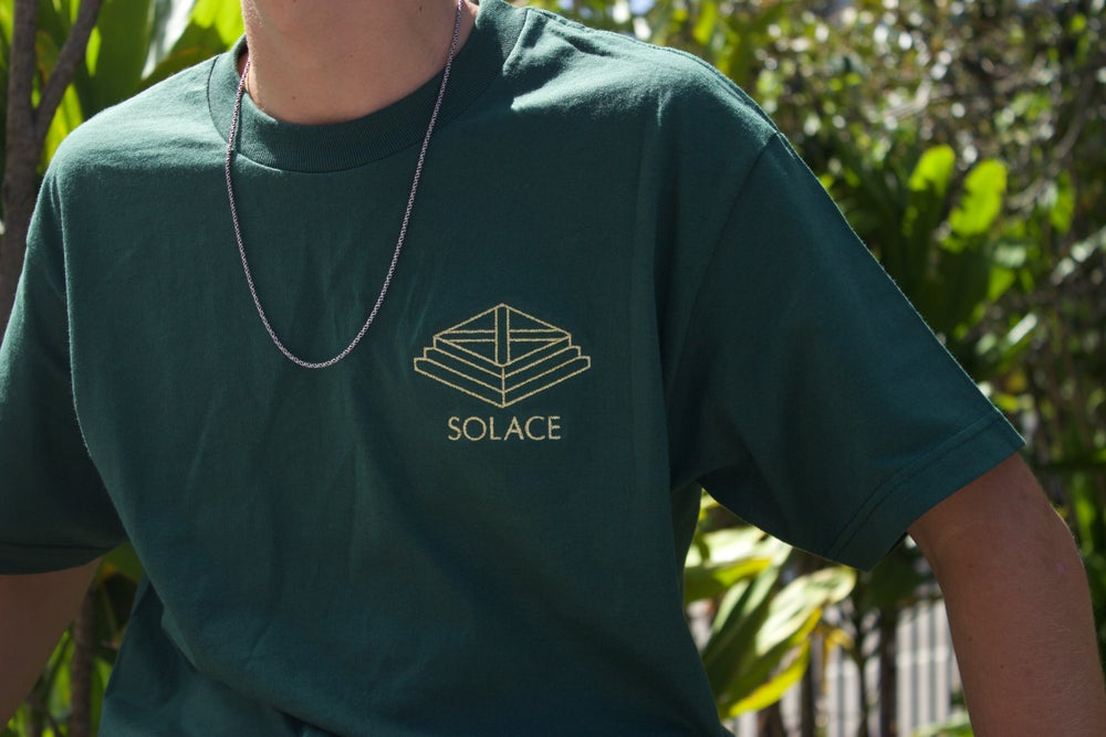 Embroidered Solace logo tee - Forest Green