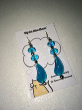 Load image into Gallery viewer, Turquoise Blue Crystal Glass Dangle Earrings with Blue Glass Bead Droplet