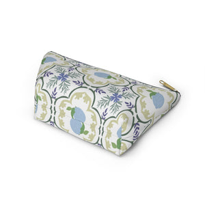 Freshly Squeezed Accessory Pouch w T-bottom in Green