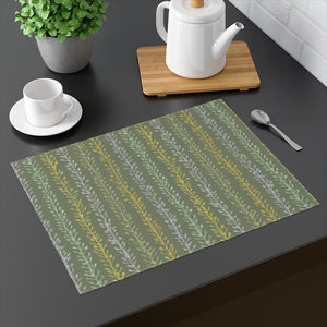 Flourish Placemat in Green