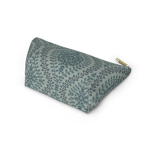 Mumbai Lace Accessory Pouch w T-bottom in Green