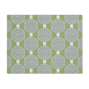 Lace Hexagon Placemat in Green