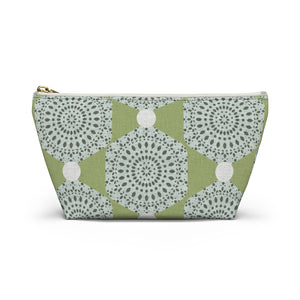 Lace Hexagon Accessory Pouch w T-bottom in Green