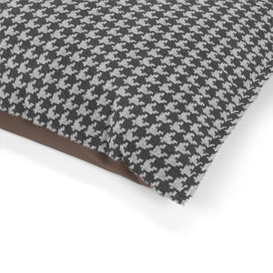 Textured Houndstooth Pet Bed in Black