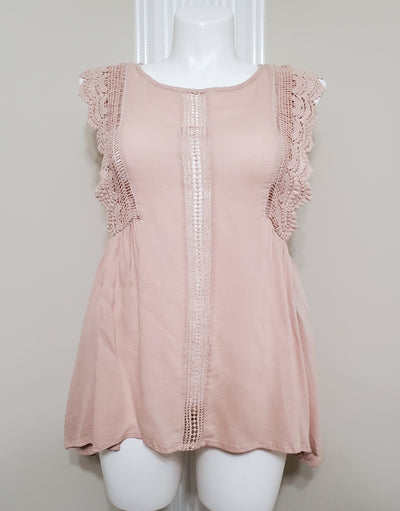 Pink baby doll style top shirt with lace cap keyhole with button closure in backsleeves