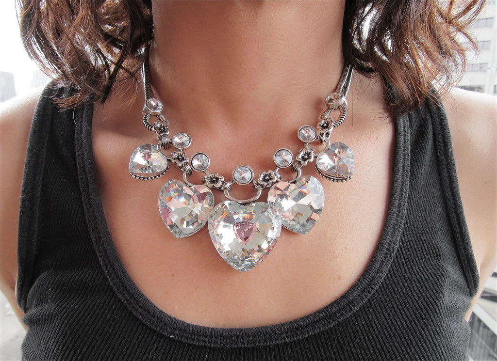 HEARTFELT silver rhinestone necklace