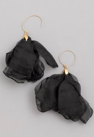 WHISPER earrings || jet black