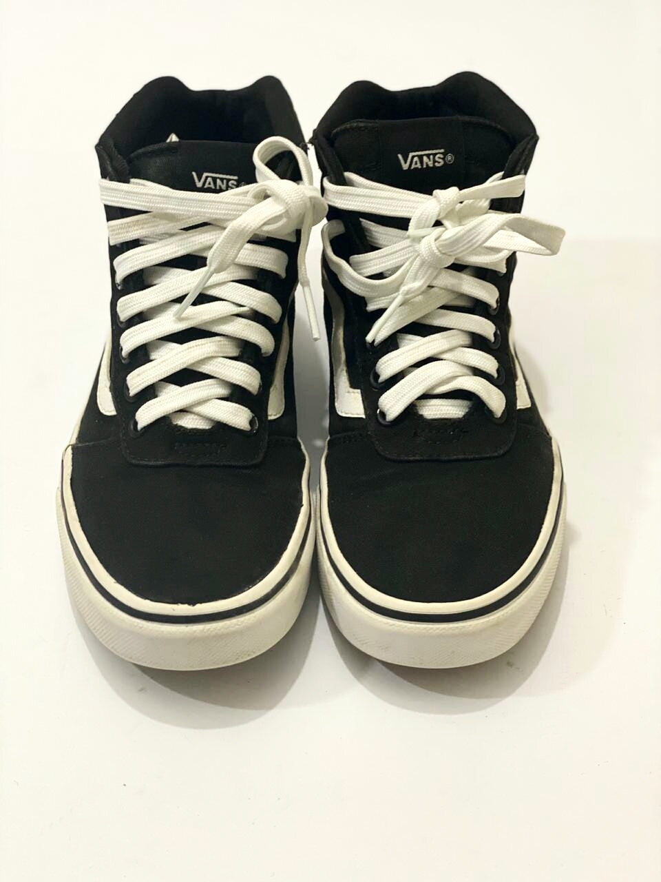 Vans Old Skool Black High Top. Size U.S.# 7.0- Uk# 4.5 PAK# 39