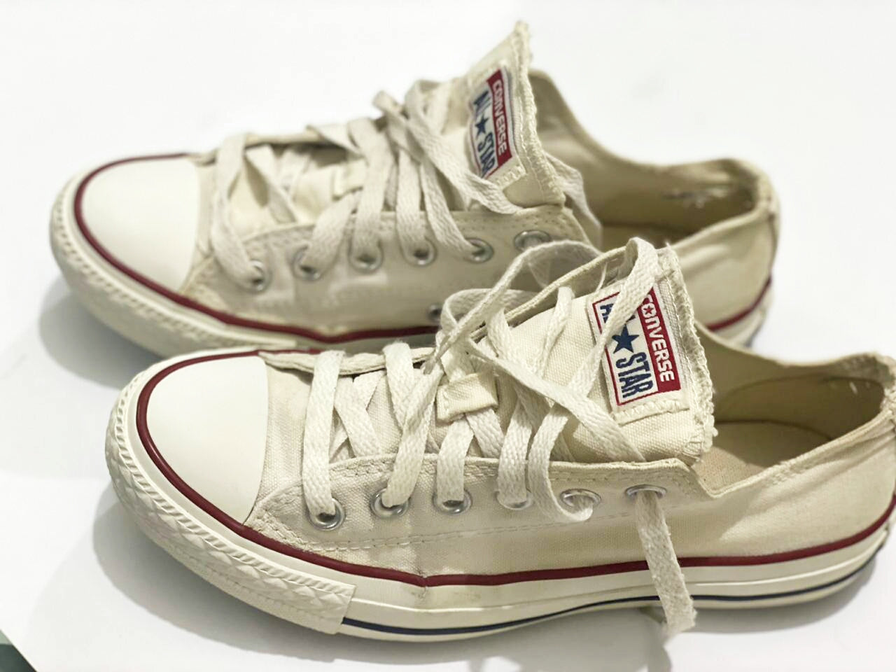 All Star Chuck Taylor Off White Low Top, Size  Men# 5- women # 7- UK# 5 PAK 37.5