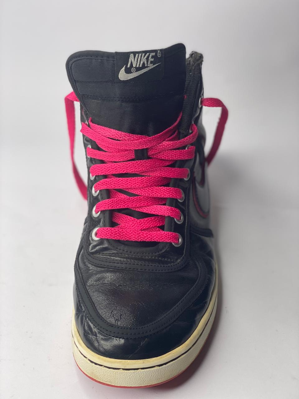 Nike Black with pink contrast, Size US#9.5, UK#7, PAK#41