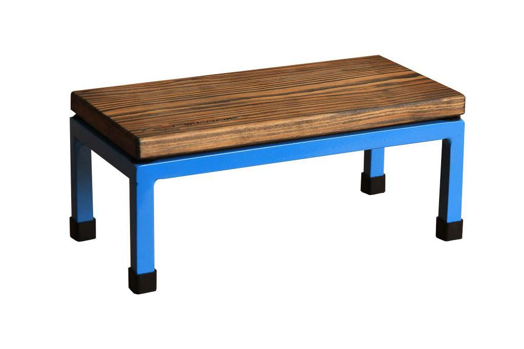 The Mini Table in Whetstone and 5012 Light Blue