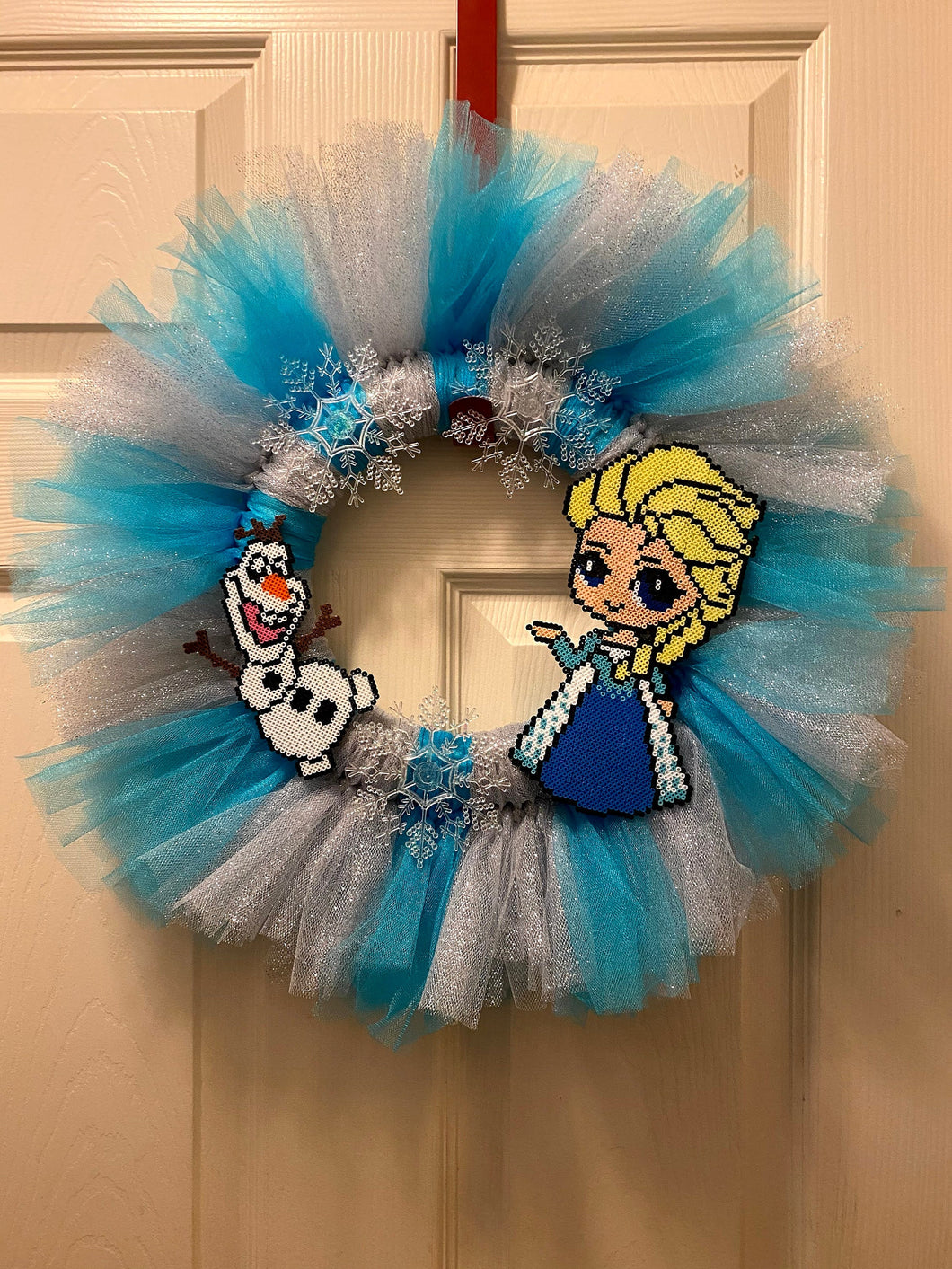 Frozen Wreath Inspired by Elsa and Olaf- 17 in Tulle Wreath with Perler Artkal Beads- Snow, Snowflakes