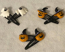Load image into Gallery viewer, Halloween Charm Snap Hair Clips- Ghosts and Pumpkins