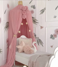 Load image into Gallery viewer, Pom Garland - Blush - In stock