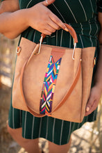 Load image into Gallery viewer, City Chic Tote in Camel