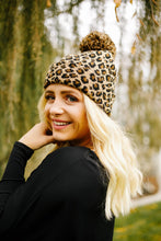 Load image into Gallery viewer, Spotted Pom Pom Beanie
