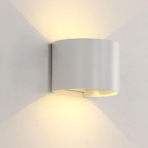Adjustable angle outdoor wall lamp