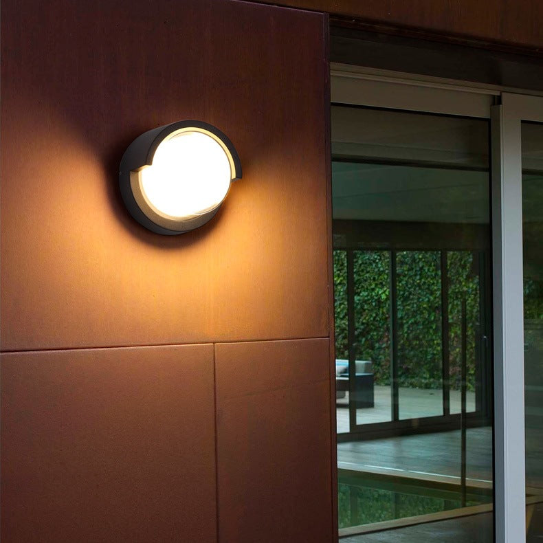 Round double shade wall light