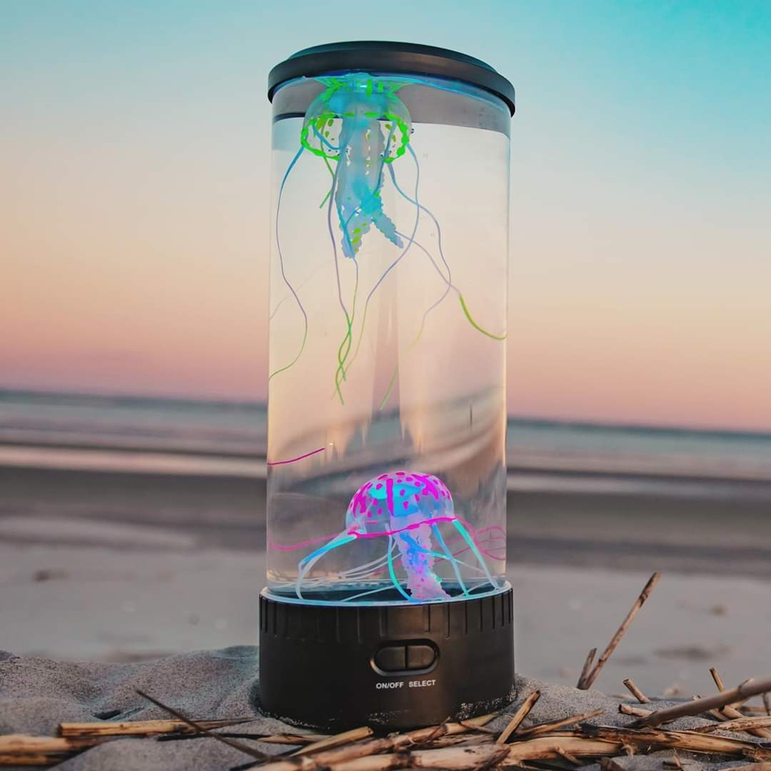Hypnotic Jellyfish Aquarium Lamp