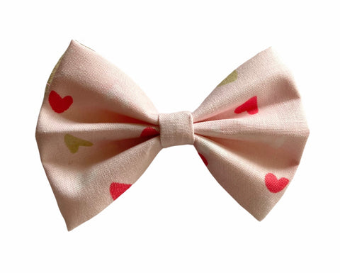 Love Classic Bow
