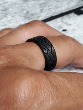 Load image into Gallery viewer, Black Tire Band 8.4mm