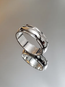 Sterling Silver Spinner Wedding Band