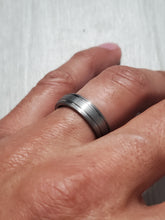 Load image into Gallery viewer, Classic Tungsten Wedding Band