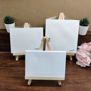 Painting blank canvas with wooden stand (20cmx25 cm)
