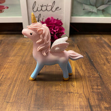Load image into Gallery viewer, Unicorn Ombre Showpiece With Glitter Wings