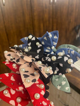 Load image into Gallery viewer, Hairtie Scrunchie - Heart with Pearls