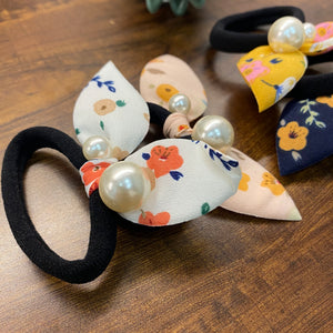 Big Pearl Floral Bow Scrunchie