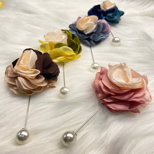 Floral Brooch with Pearl