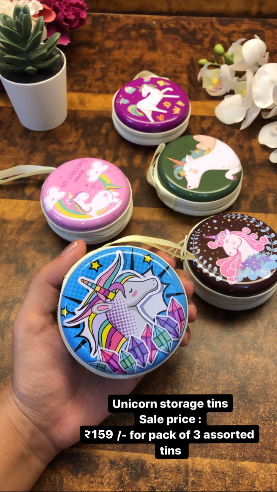 Pack of 3 unicorn tins. Assorted colour