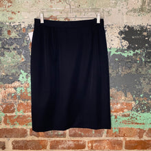 Load image into Gallery viewer, Harve Benard Black Skirt Size 8