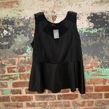 Load image into Gallery viewer, Fashion to Figure Black Peplum Top Size 3X Large