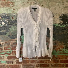 Load image into Gallery viewer, Style & Co White Pirate Shirt Size 6 NWT