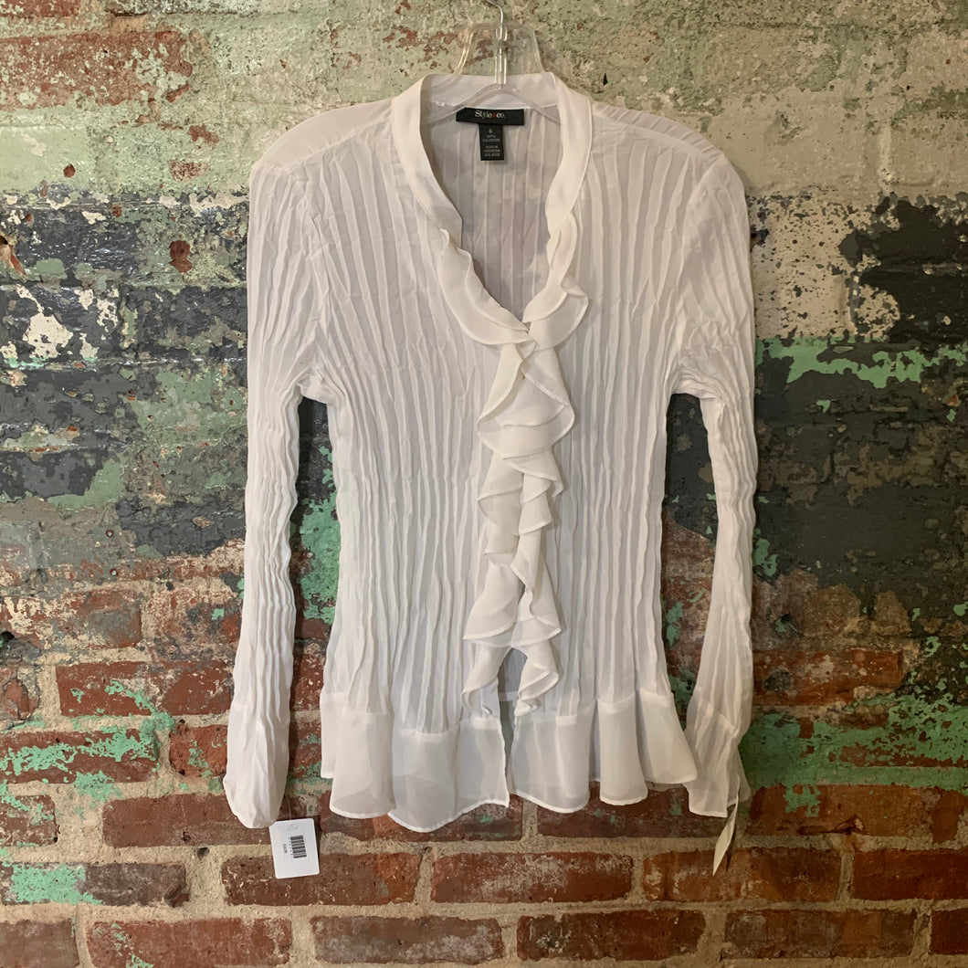 Style & Co White Pirate Shirt Size 6 NWT