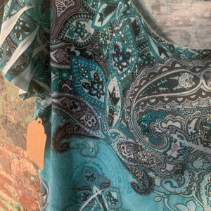 JM Collection Blue Paisley Embellished Tee Size Medium