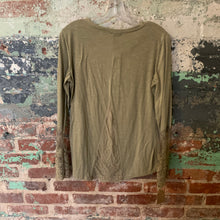 Load image into Gallery viewer, Zanzea Green Top W/lace Sleeves And Back Accent Size Medium