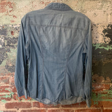 Load image into Gallery viewer, Liz Claiborne Blue Denim Button Front Shirt Size Medium