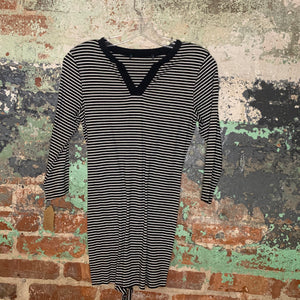 Black And White Striped Long Sleeve Tee Size Medium