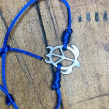 Load image into Gallery viewer, Silver Turtle Peace Bracelet Blue Band