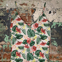 Load image into Gallery viewer, Isaac Mizrahi Floral Tank Top and Shorts Size X Small