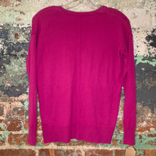 Load image into Gallery viewer, Gap Pink V Neck Sweater Size XSmall